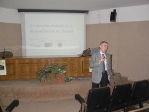 Luis Antonio Sanz, durante la exposición de su estudio sobre la evolución de la despoblación.