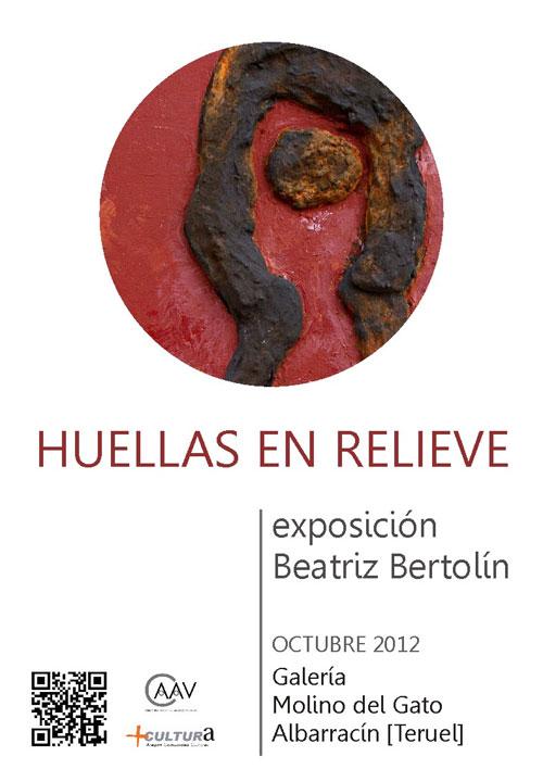 """Cartel de la exposición """"Huellas en relieve"""" de Beatriz Bertolín en Albarracin (Teruel)"""